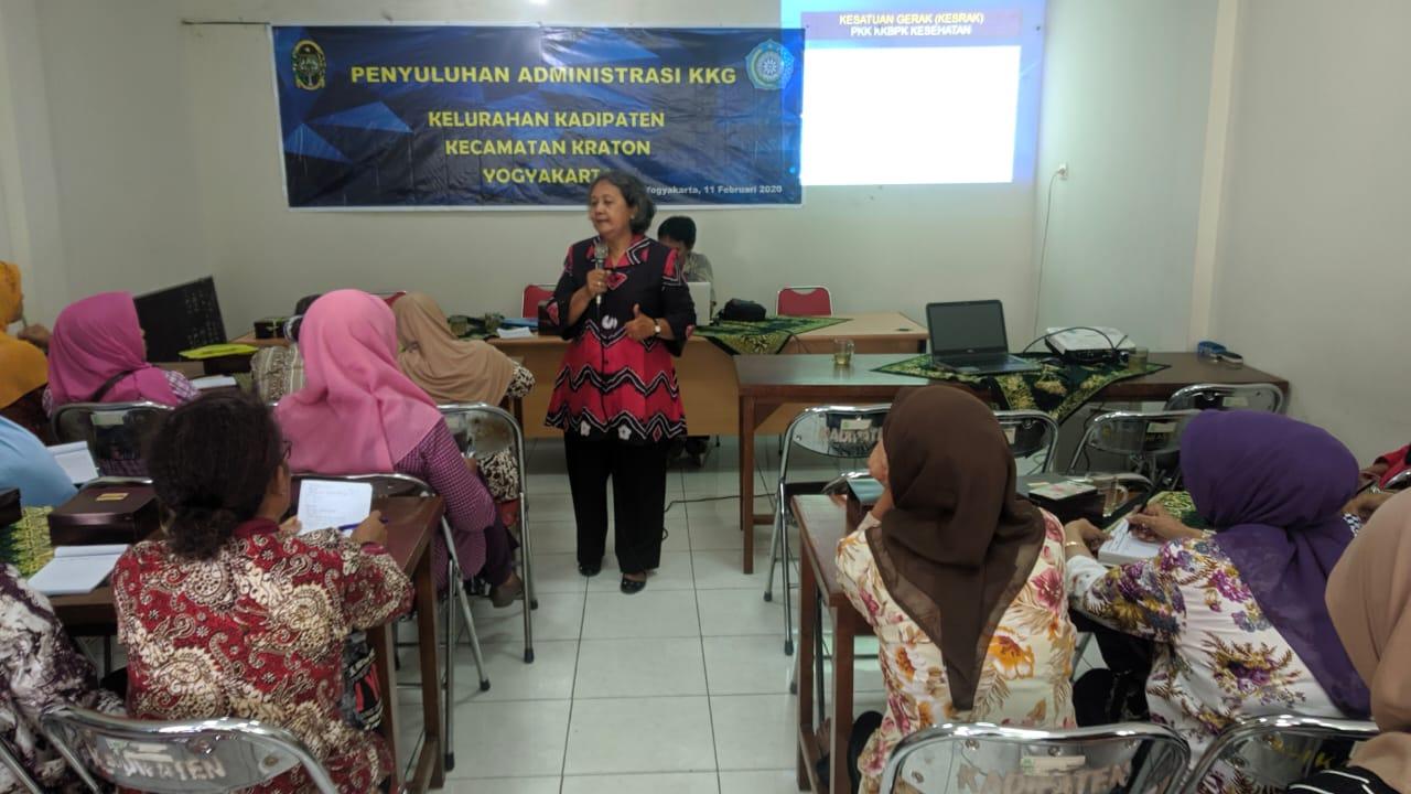 Narasumber dari Pokja IV PKK Kota Yogyakarta
