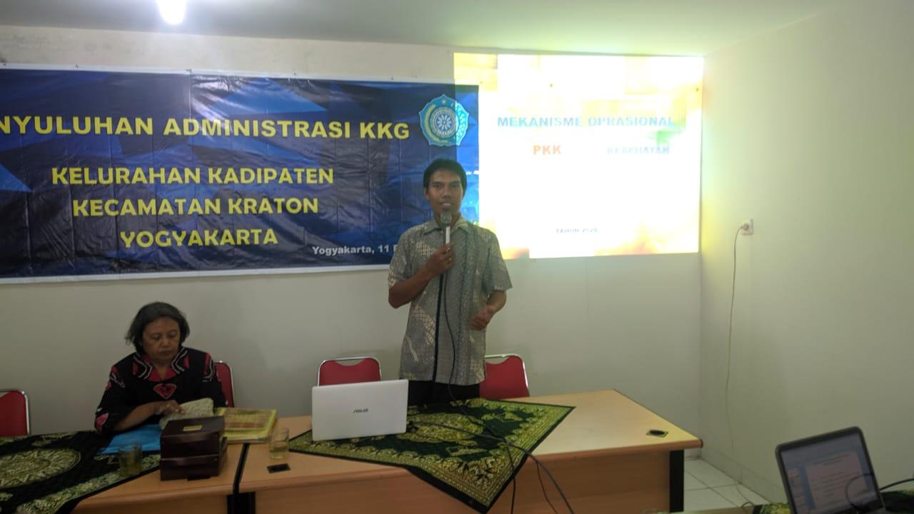 Narasumber dari Pokja IV PKK Kota Yogyakarta - Imran Kristawan