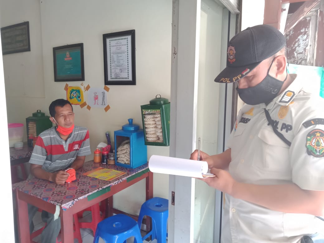 Penegakan Protokol Kesehatan Jl. Kadipaten & Jl. Polowijan - 5